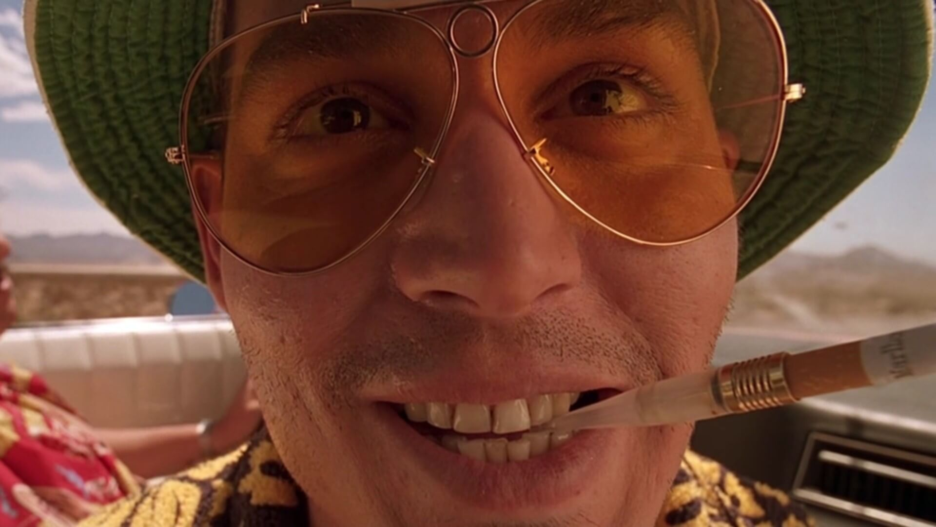 a review of the film fear and loathing in las vegas