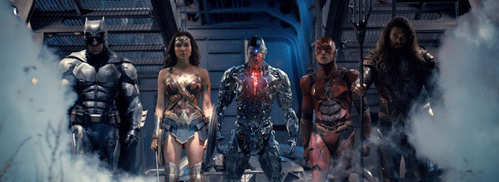 First JUSTICE LEAGUE full-length trailer assembles the team and pours on the action